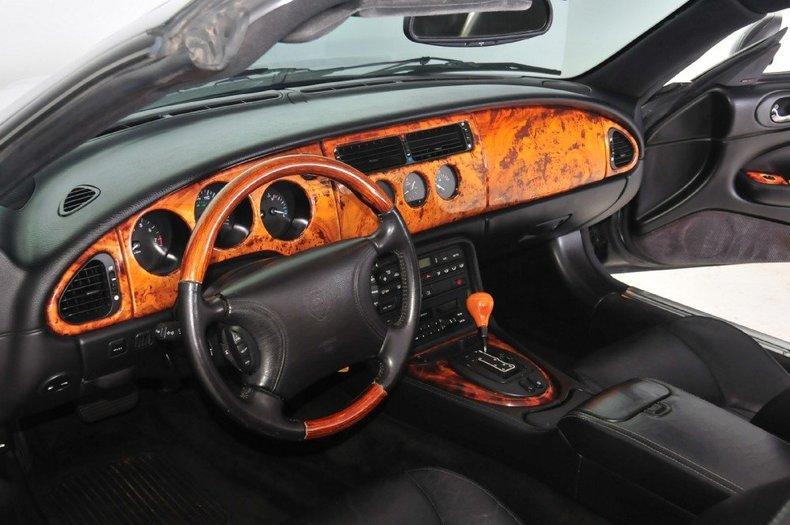 1997 Jaguar  Image 34