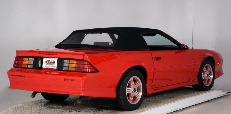1991 Chevrolet Camaro Image 3