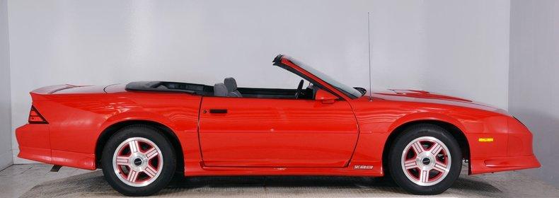 1991 Chevrolet Camaro Image 17