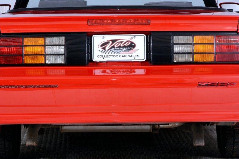 1991 Chevrolet Camaro Image 24