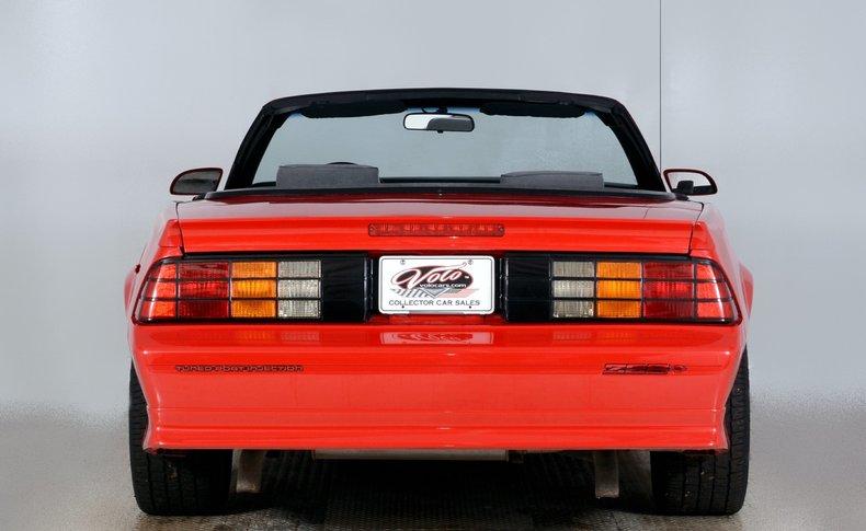 1991 Chevrolet Camaro Image 25