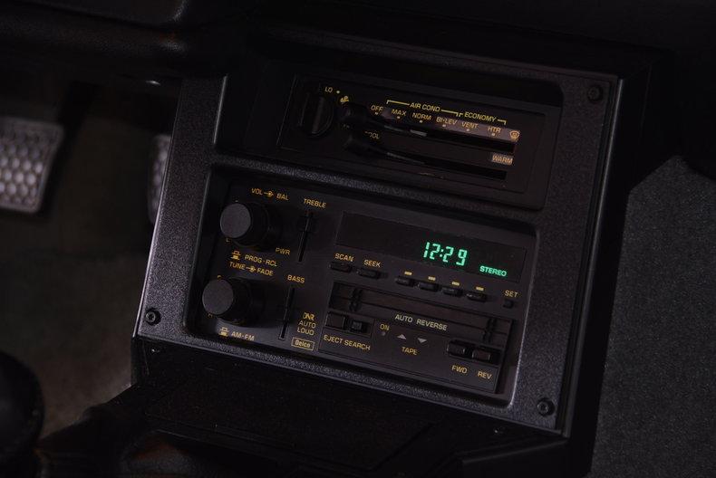 1991 Chevrolet Camaro Image 29