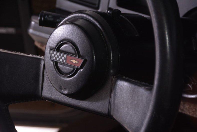 1987 Chevrolet Corvette Image 13