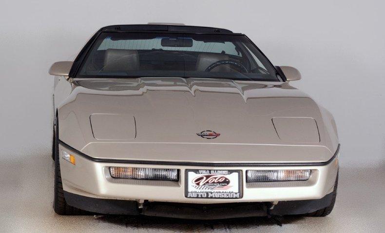 1987 Chevrolet Corvette Image 15