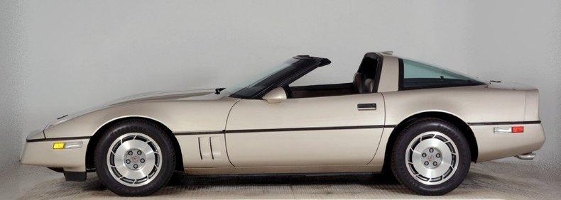1987 Chevrolet Corvette Image 22