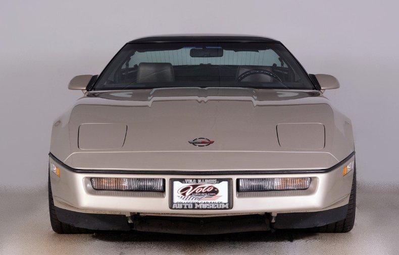 1987 Chevrolet Corvette Image 25