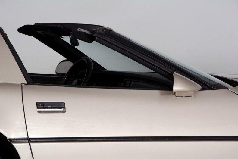 1987 Chevrolet Corvette Image 49
