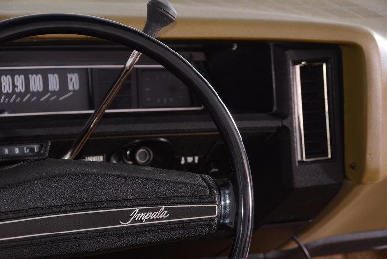 1971 Chevrolet Impala Image 12