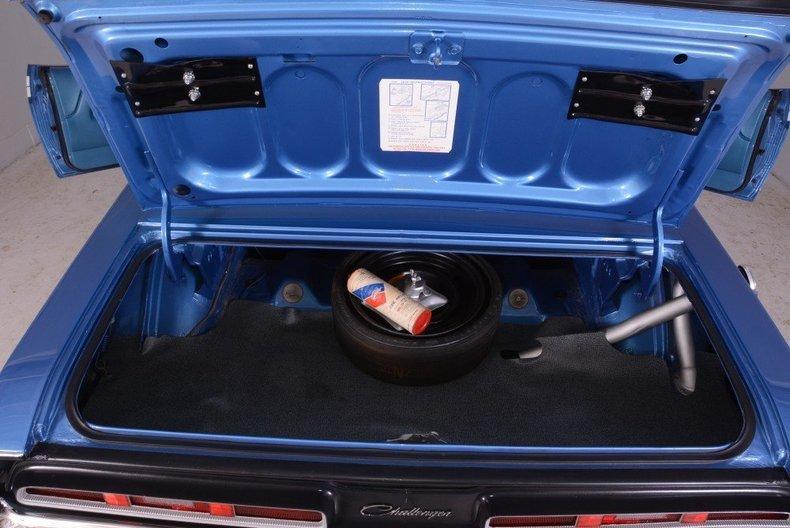 1971 Dodge Challenger Image 33