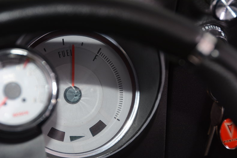 1968 Pontiac Firebird Image 24