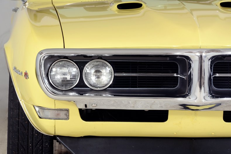 1968 Pontiac Firebird Image 25