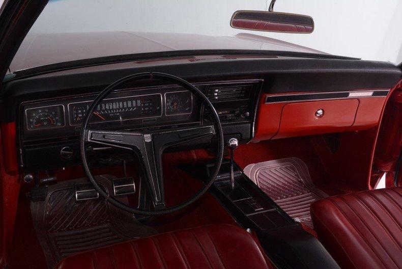 1968 Chevrolet Impala Image 10