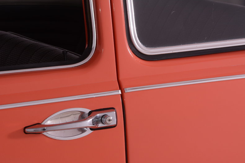 1967 Volkswagen Beetle Image 25