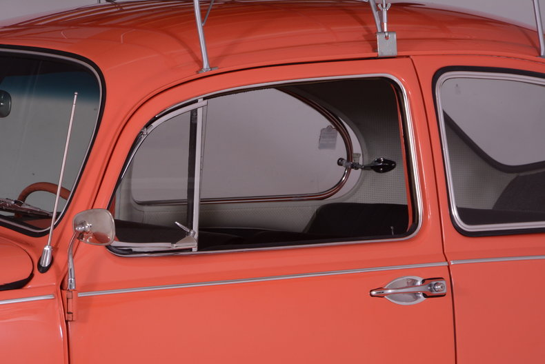 1967 Volkswagen Beetle Image 52