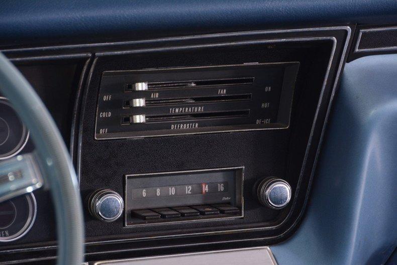 1967 Chevrolet Impala Image 4