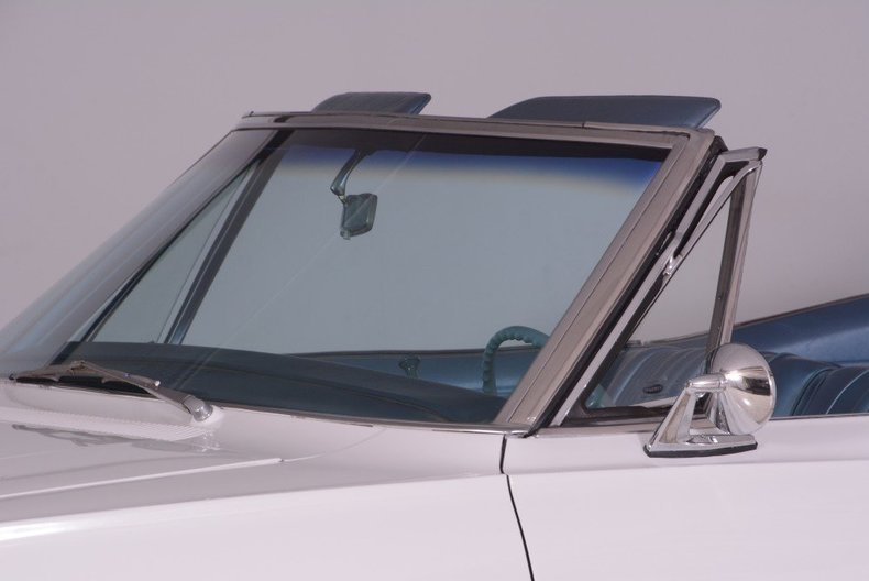 1967 Chevrolet Impala Image 25