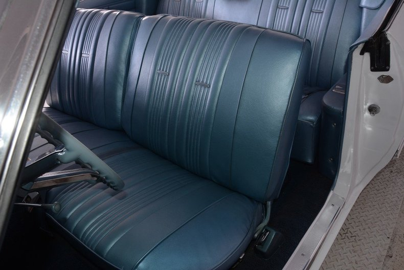 1967 Chevrolet Impala Image 26