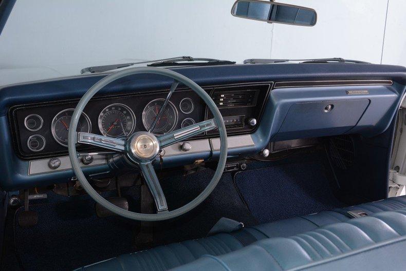 1967 Chevrolet Impala Image 100