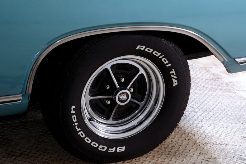 1967 Buick Skylark Image 2