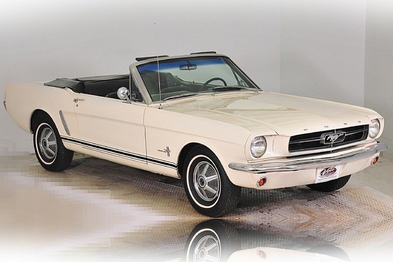 1965 Ford Mustang Image 6