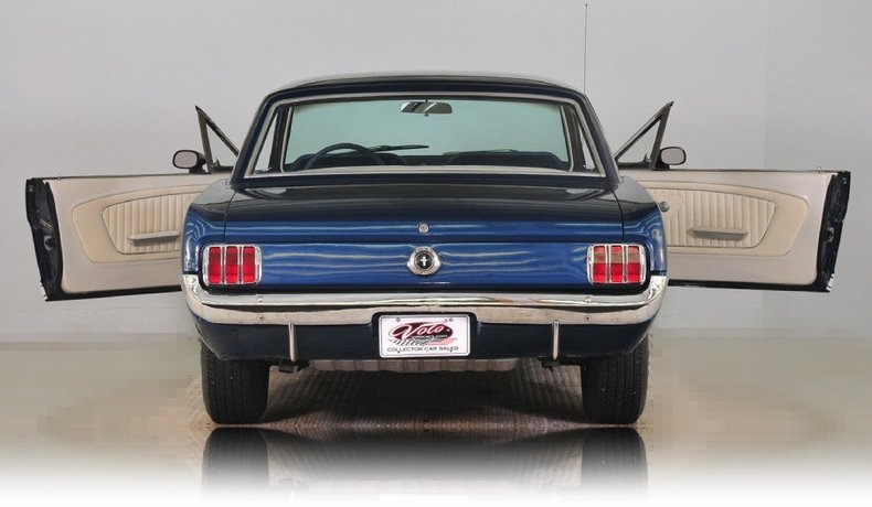 1965 Ford Mustang Image 20