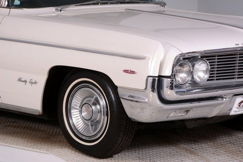 1962 Oldsmobile  Image 9