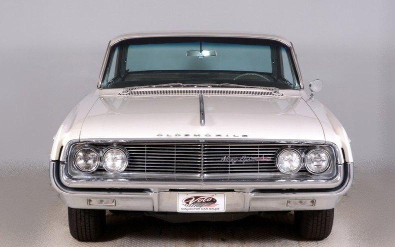 1962 Oldsmobile  Image 11