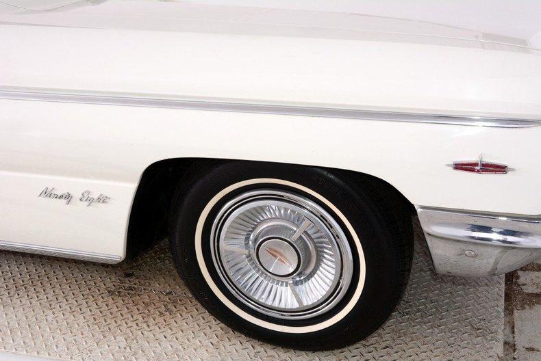1962 Oldsmobile  Image 16