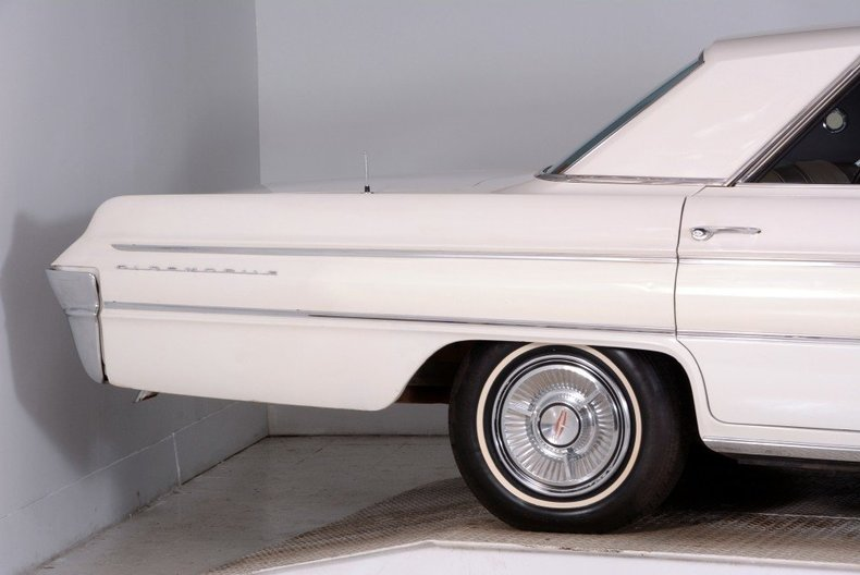 1962 Oldsmobile  Image 26
