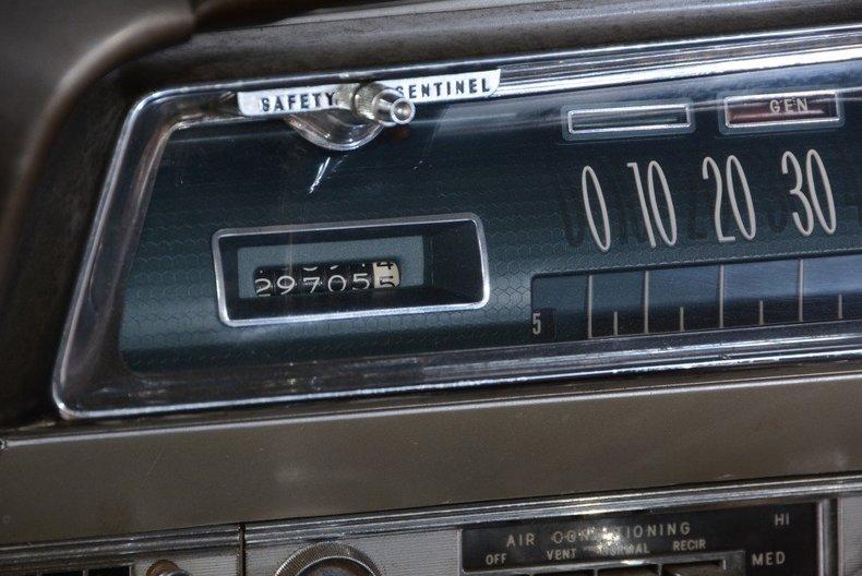 1962 Oldsmobile  Image 29
