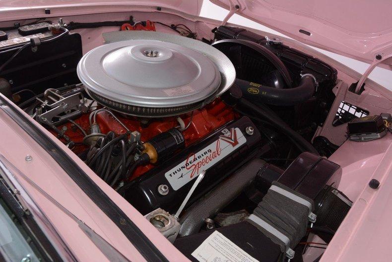 1957 Ford Thunderbird Image 22