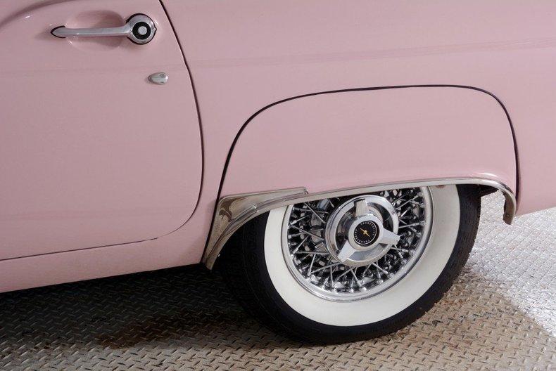 1957 Ford Thunderbird Image 25