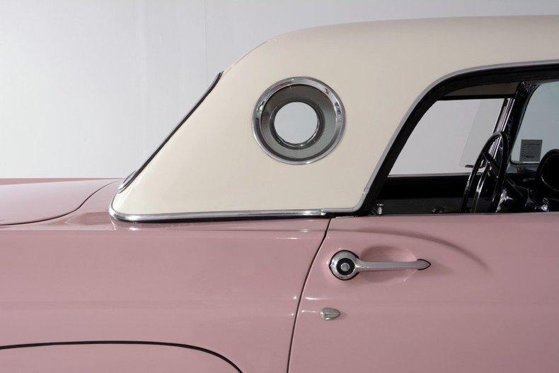 1957 Ford Thunderbird Image 12