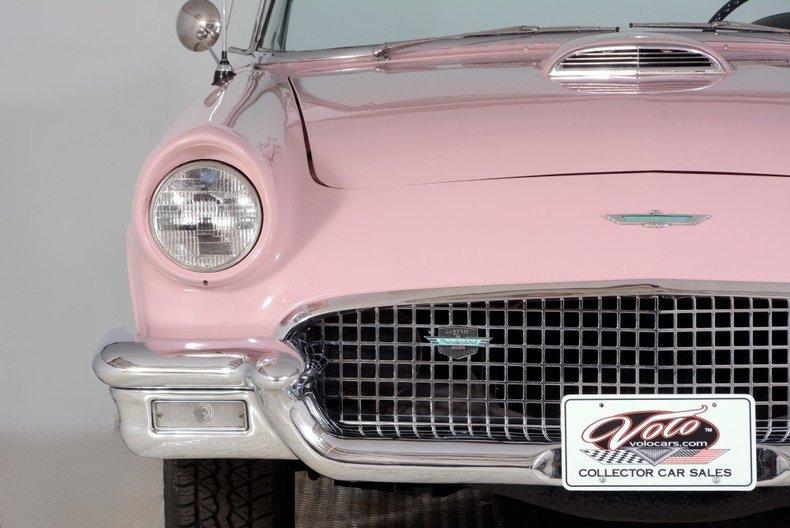 1957 Ford Thunderbird Image 30