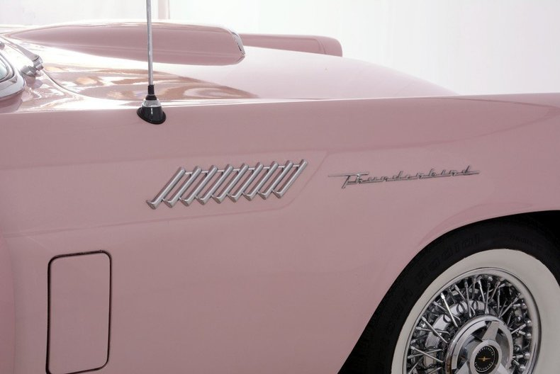 1957 Ford Thunderbird Image 38
