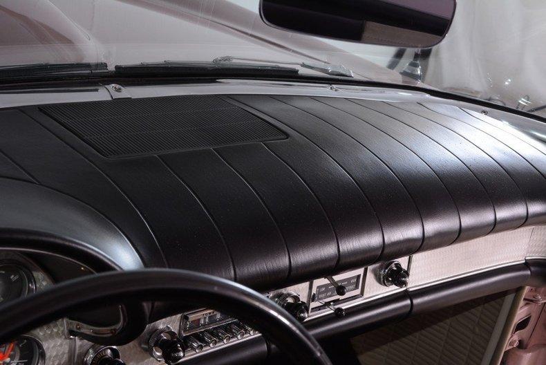 1957 Ford Thunderbird Image 53