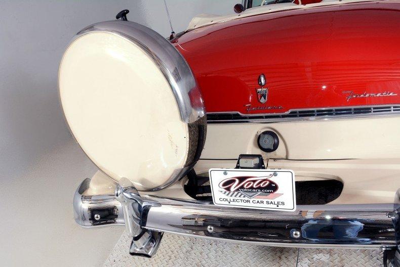 1955 Ford Sunliner Image 41