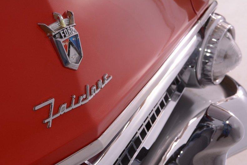 1955 Ford Sunliner Image 97