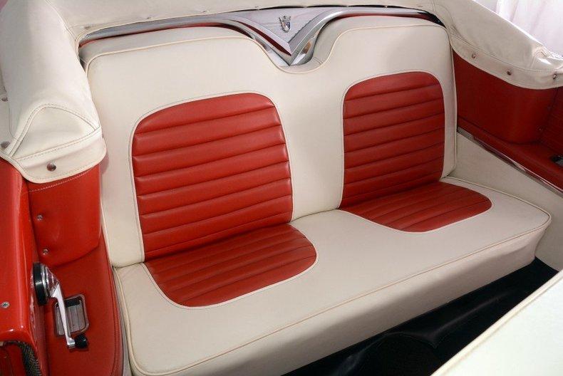 1955 Ford Sunliner Image 126