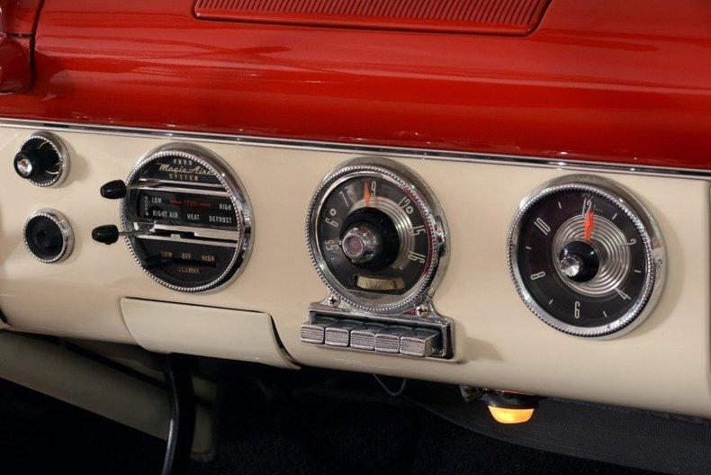 1955 Ford Sunliner Image 131