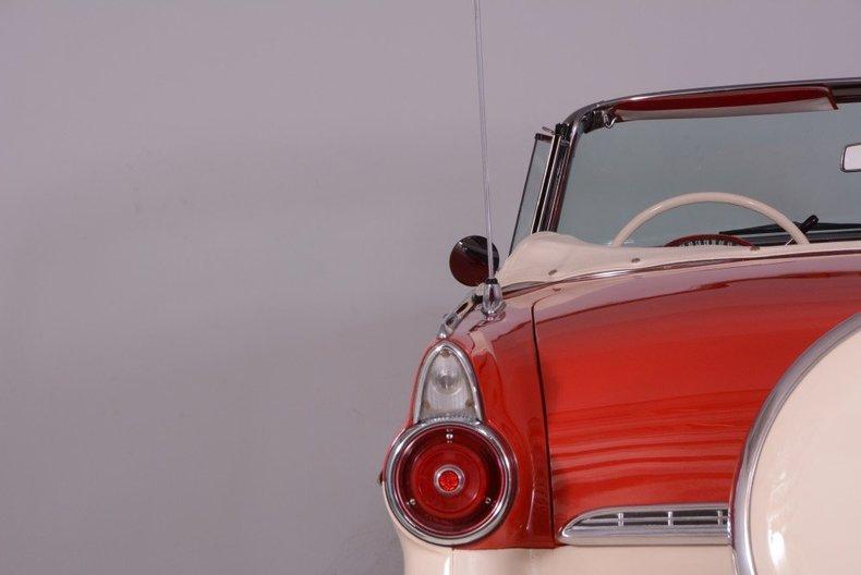 1955 Ford Sunliner Image 62