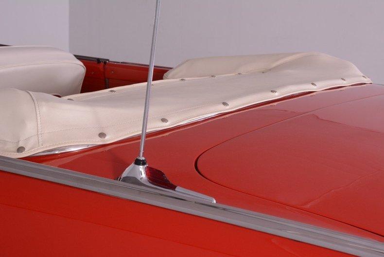 1955 Ford Sunliner Image 135