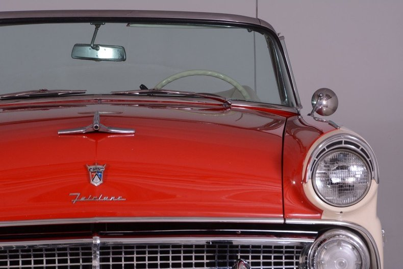 1955 Ford Sunliner Image 124