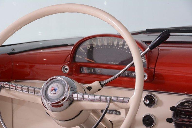 1955 Ford Sunliner Image 137