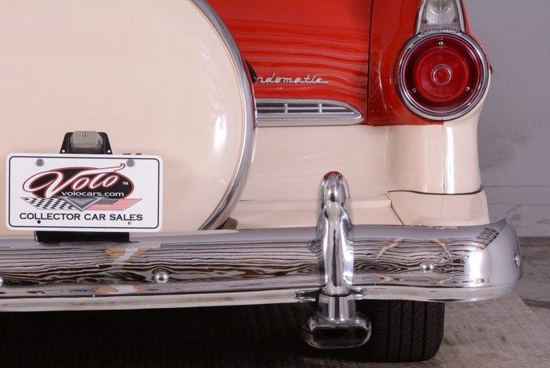 1955 Ford Sunliner Image 13