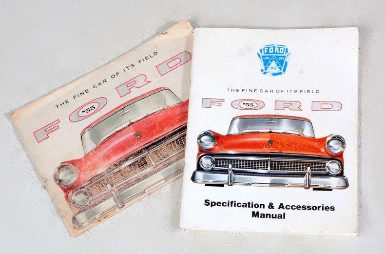 1955 Ford Sunliner Image 18