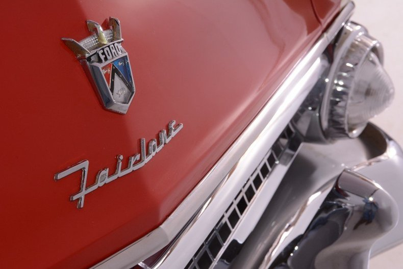 1955 Ford Sunliner Image 19