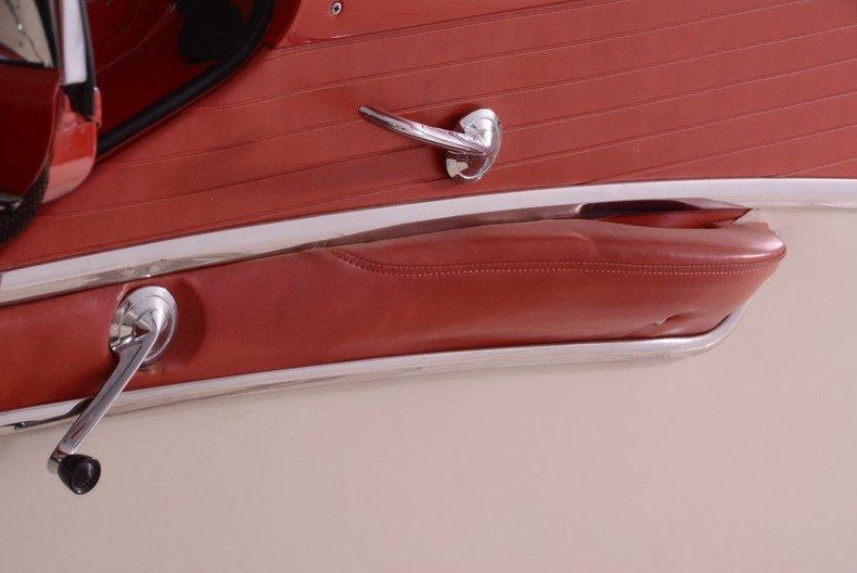 1955 Ford Sunliner Image 30