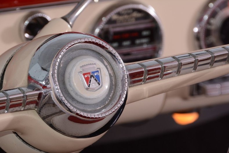 1955 Ford Sunliner Image 34