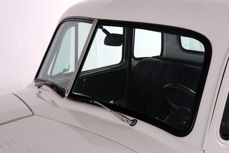 1952 Chevrolet 3100 Image 61